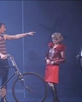 Ubu roi à la comédie française mise en scène Jean Pierre Vincent