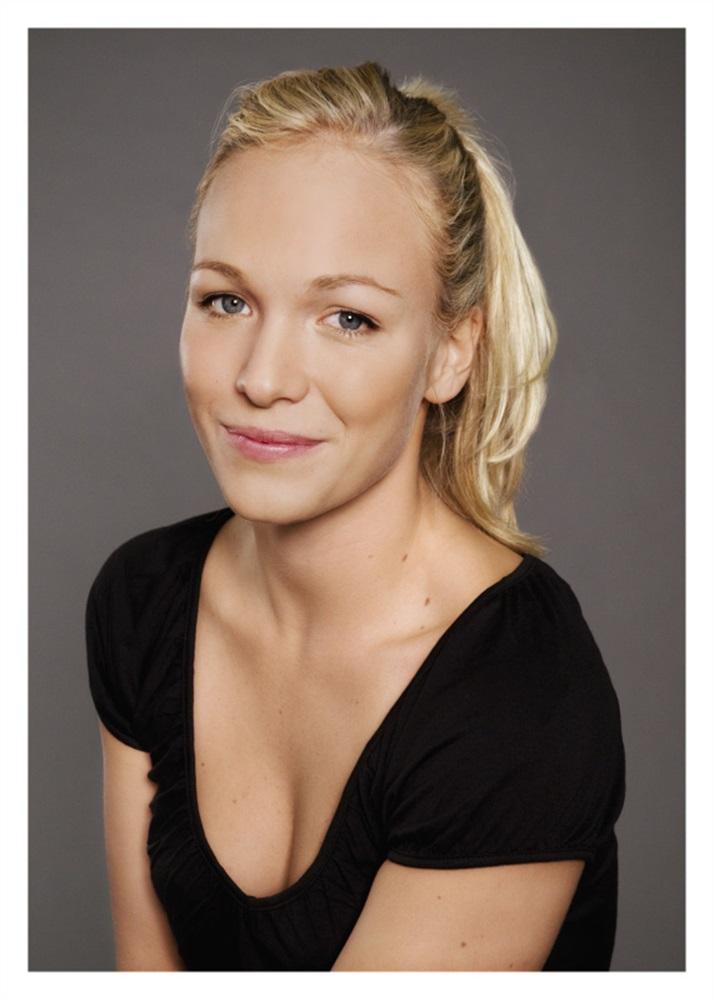 Eline Van der Velden Nude Photos 75