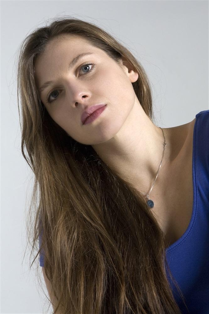 Penelope Leveque naked 98
