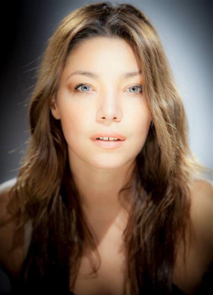 Ynda Rouya