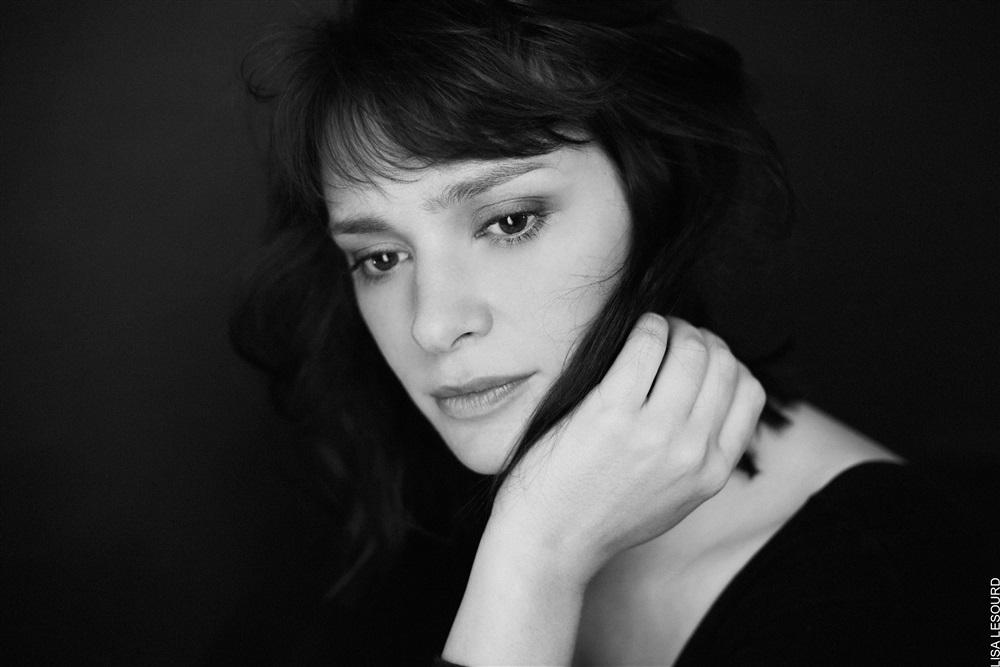 Agnes Delachair