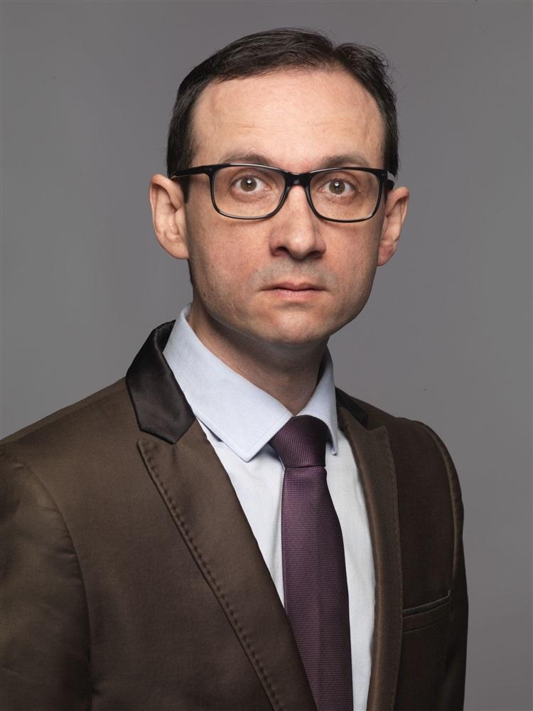 S bastien pruneta artist profil actor voiceover for Agence de paysage sebastien sosson