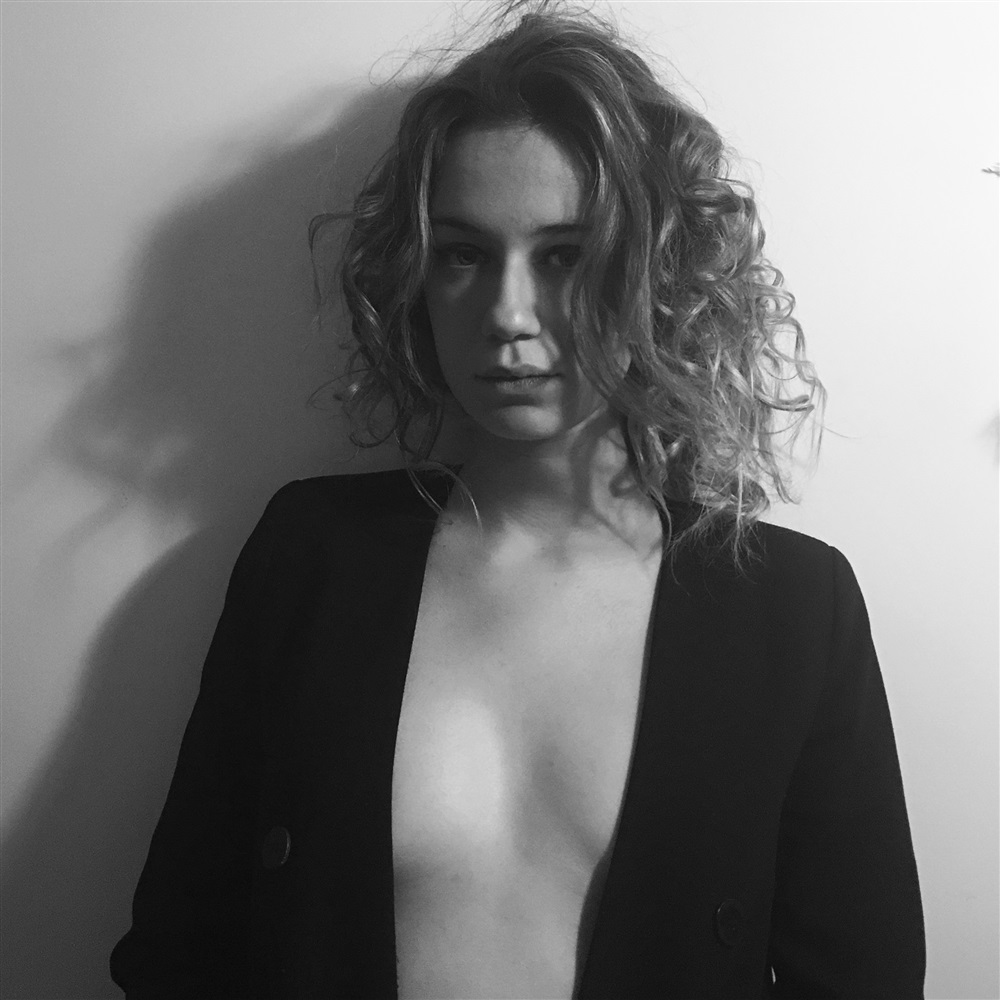 Zoe Marchal Nude Photos 74
