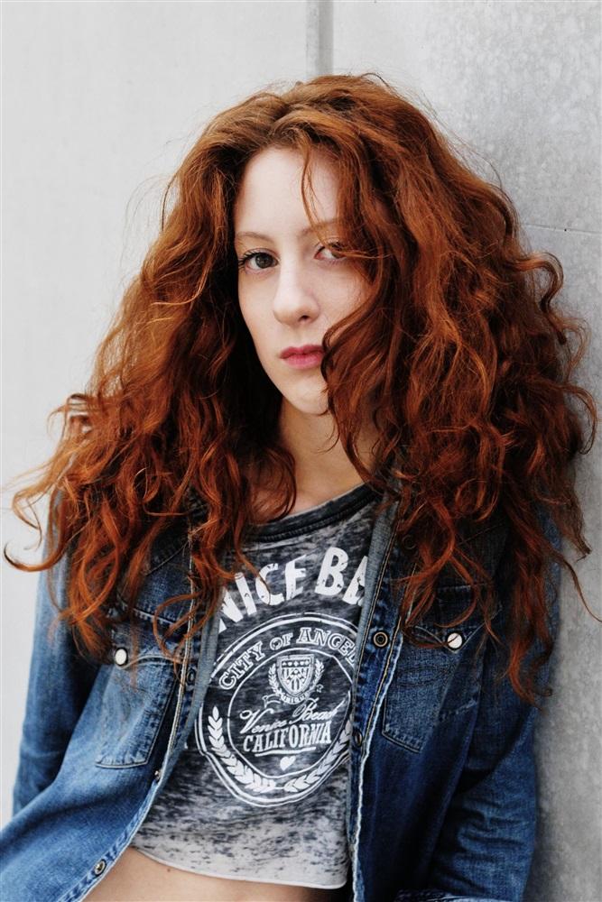 Roxane Duran