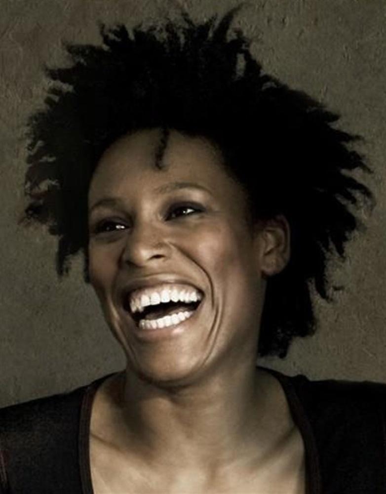 Sandra Nkake Nude Photos 26