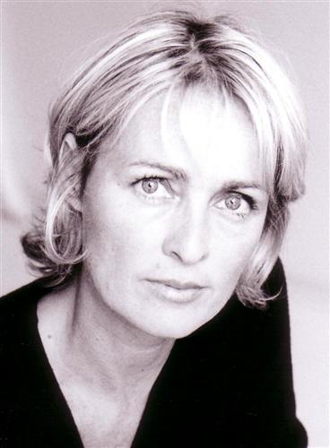 <b>Virginie Ledieu</b> comédienne • - 9914_3