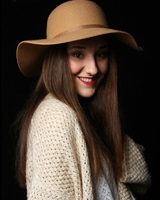 Roxane Paradinas<br />