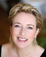 2 - AIFFE Vanessa _ Sourire face-Agence Syl&acute;Act<br />Carlotta Fosberg