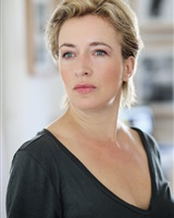 3 - AIFFE Vanessa _ Sourire face-Agence Syl&acute;Act<br />Carlotta Fosberg