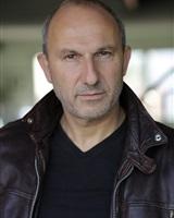 Julien MULLER 2<br />Béatrice CRUVEILLER