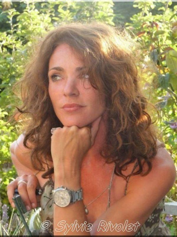Agence Anne Alvares Correa | Maruschka Detmers