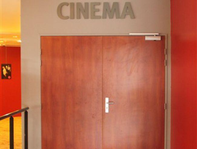 Entrée salle Cinéma Jeanne Moreau
