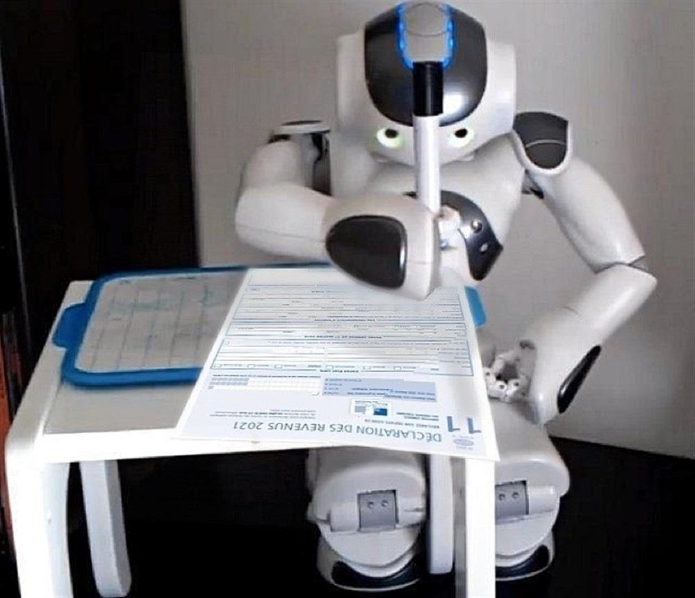 Yves pag s le robot naissance et descendances la - Robot qui fait la cuisine ...